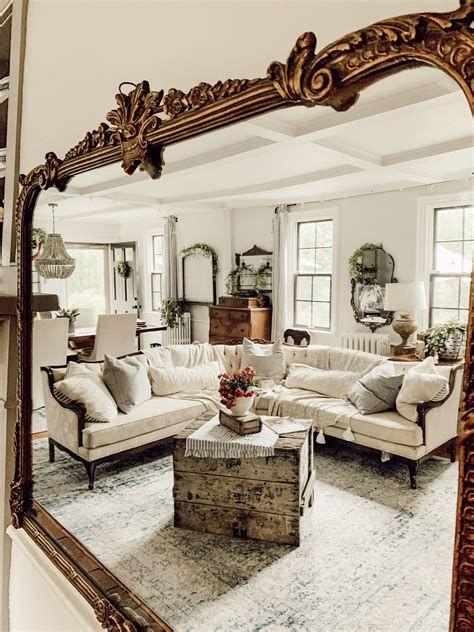 Creative Vintage Farmhouse Living Room 43