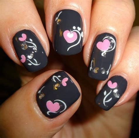 Cute Valentines Day Nails Art Ideas 06