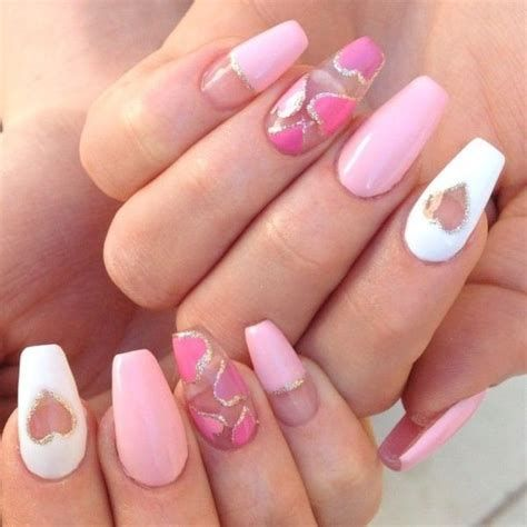 Cute Valentines Day Nails Art Ideas 10