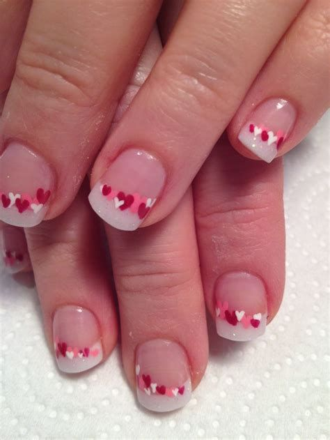 Cute Valentines Day Nails Art Ideas 12