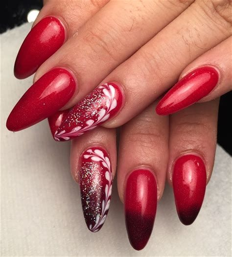 Cute Valentines Day Nails Art Ideas 13