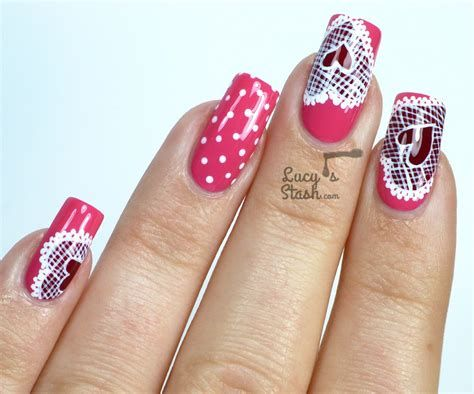 Cute Valentines Day Nails Art Ideas 14