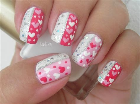 Cute Valentines Day Nails Art Ideas 20