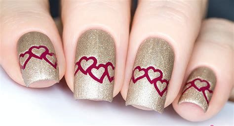 Cute Valentines Day Nails Art Ideas 22