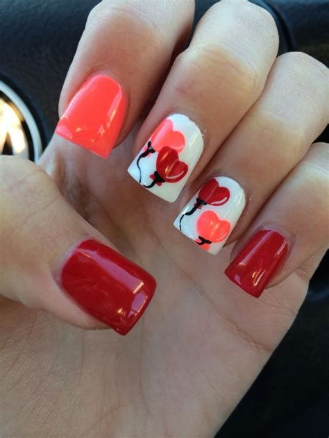 Cute Valentines Day Nails Art Ideas 23