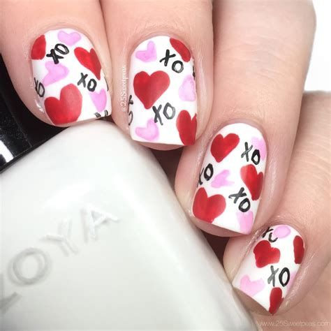 Cute Valentines Day Nails Art Ideas 27