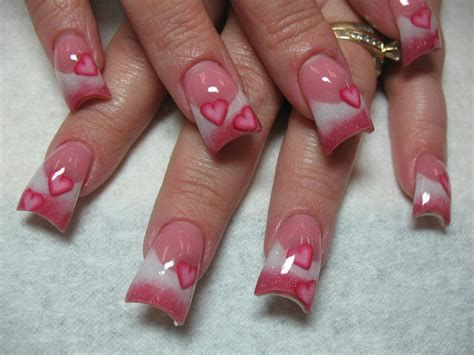 Cute Valentines Day Nails Art Ideas 29