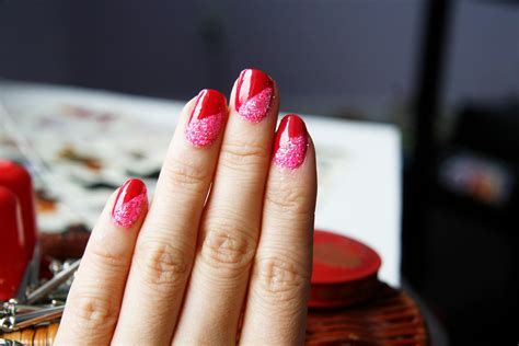 Cute Valentines Day Nails Art Ideas 34