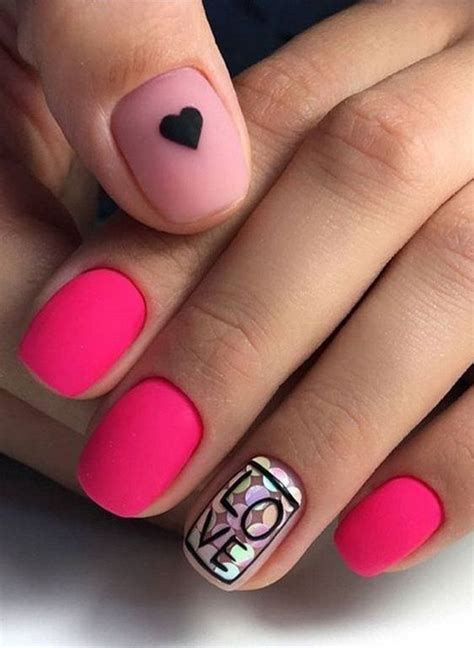 Cute Valentines Day Nails Art Ideas 44