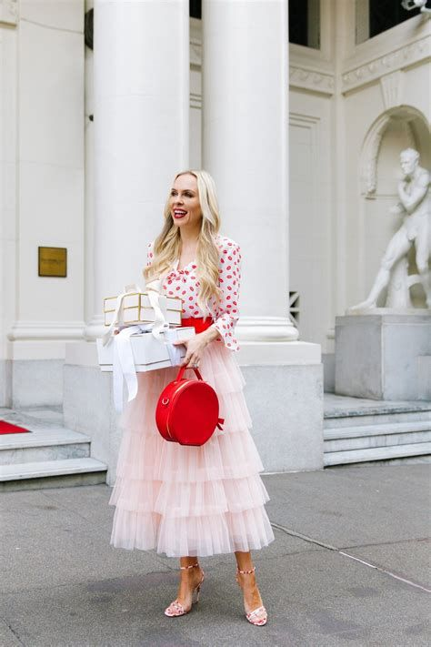 Cute Valentines Day Outfits Ideas 29