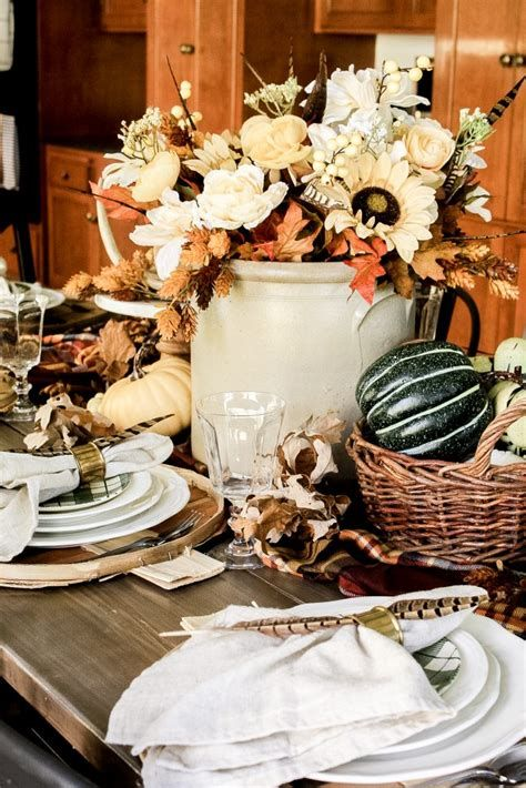 Elegant Decorate For Thanksgiving On A Budget 03