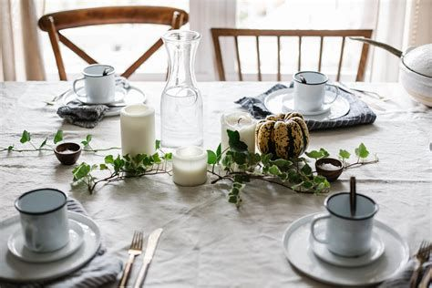Elegant Decorate For Thanksgiving On A Budget 11