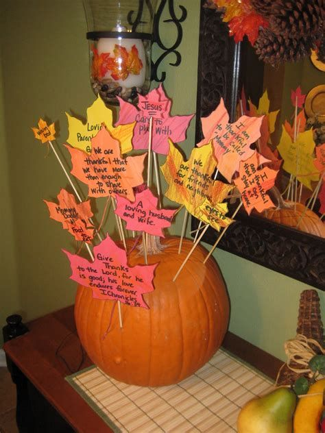 Elegant Decorate For Thanksgiving On A Budget 22