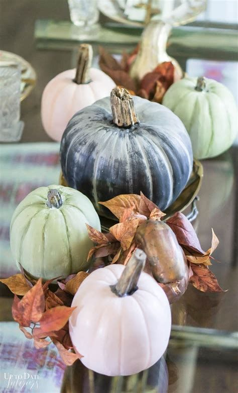 Elegant Decorate For Thanksgiving On A Budget 23