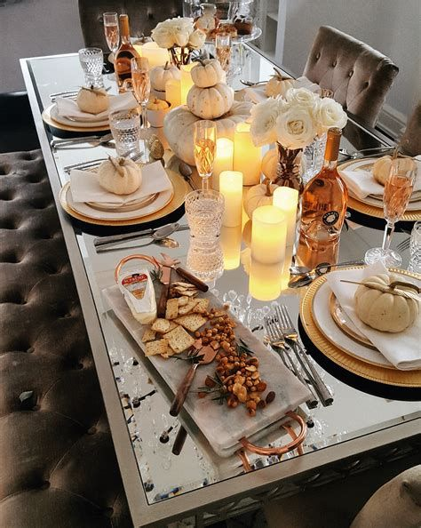 Elegant Decorate For Thanksgiving On A Budget 24