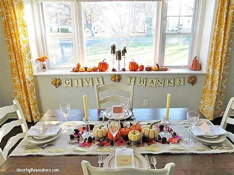 Elegant Decorate For Thanksgiving On A Budget 41