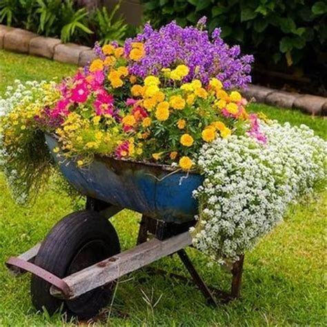 Fabulous Flower Garden Decoration Ideas 06