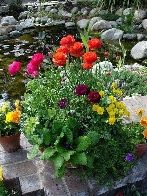 Fabulous Flower Garden Decoration Ideas 07