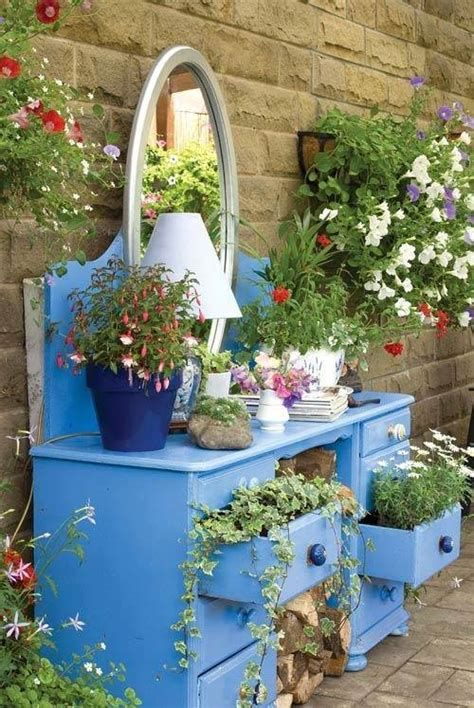 Fabulous Flower Garden Decoration Ideas 08