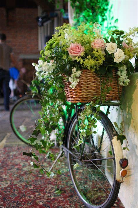 Fabulous Flower Garden Decoration Ideas 11