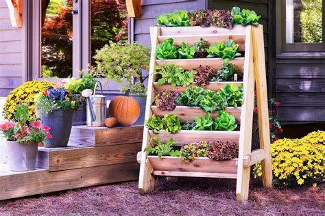 Fabulous Flower Garden Decoration Ideas 15