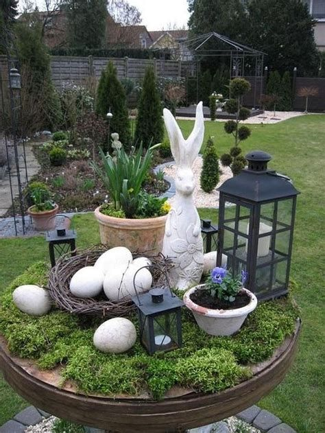 Gorgeous Diy Easter Yard Decorations 10