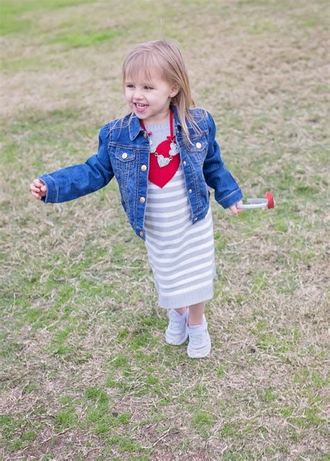 Gorgeous Valentine Day Outfits For Toddlers 15