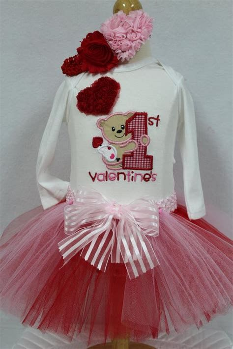 Gorgeous Valentine Day Outfits For Toddlers 22