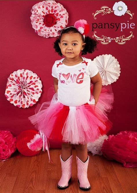 Gorgeous Valentine Day Outfits For Toddlers 29