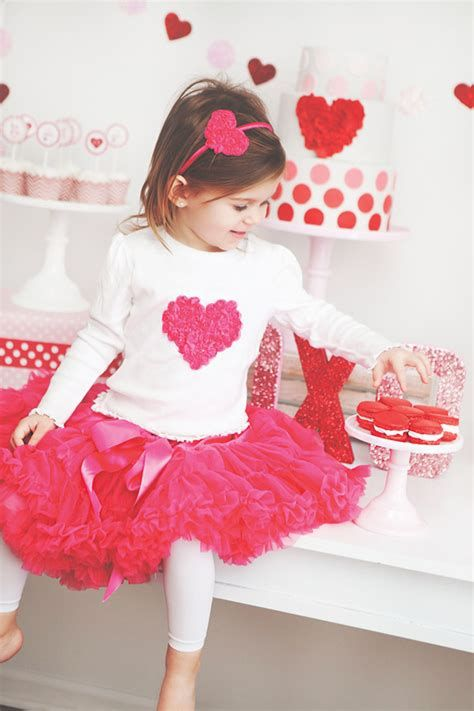 Gorgeous Valentine Day Outfits For Toddlers 30