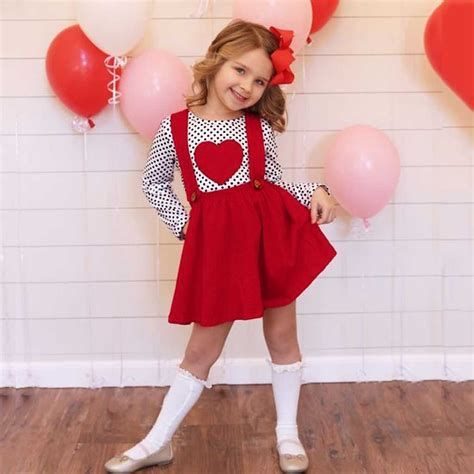 Gorgeous Valentine Day Outfits For Toddlers 34