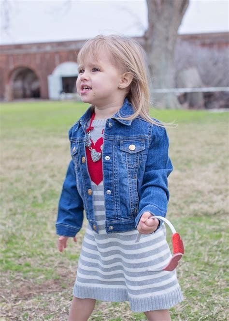 Gorgeous Valentine Day Outfits For Toddlers 35