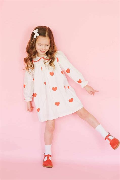Gorgeous Valentine Day Outfits For Toddlers 44