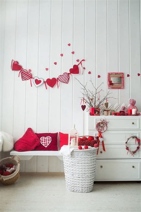 Gorgeous Valentines Room Decoration Ideas 33