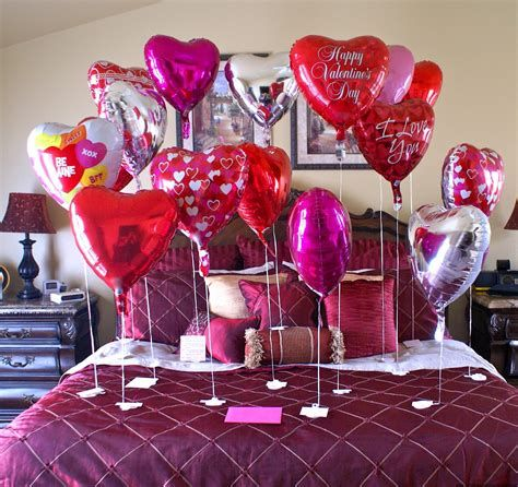 Gorgeous Valentines Room Decoration Ideas 36