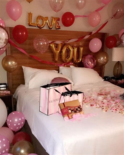 Gorgeous Valentines Room Decoration Ideas 37
