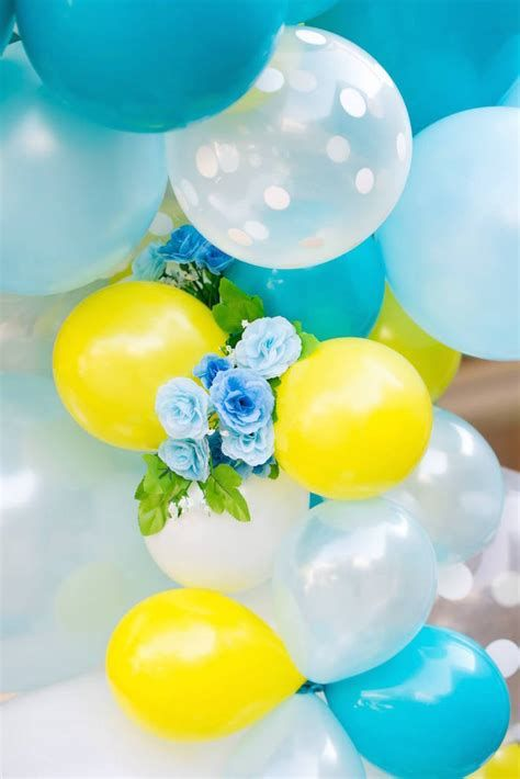 Inspiring Blue And Yellow Party Decoration Ideas 25
