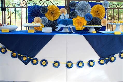 Inspiring Blue And Yellow Party Decoration Ideas 29