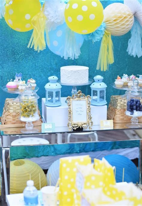 Inspiring Blue And Yellow Party Decoration Ideas 33