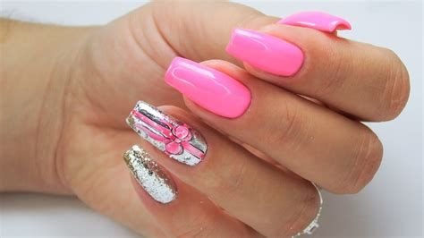 Inspiring Silver And Pink Nails 02
