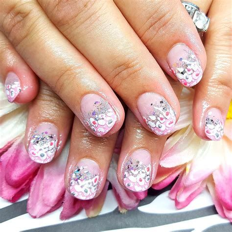 Inspiring Silver And Pink Nails 32