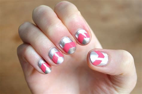Inspiring Silver And Pink Nails 45