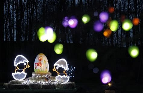 Lovely Outdoor Easter Decorations Lights 04
