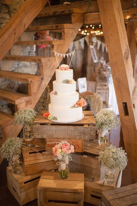 Modern Country Wedding Decoration Ideas Diy 39