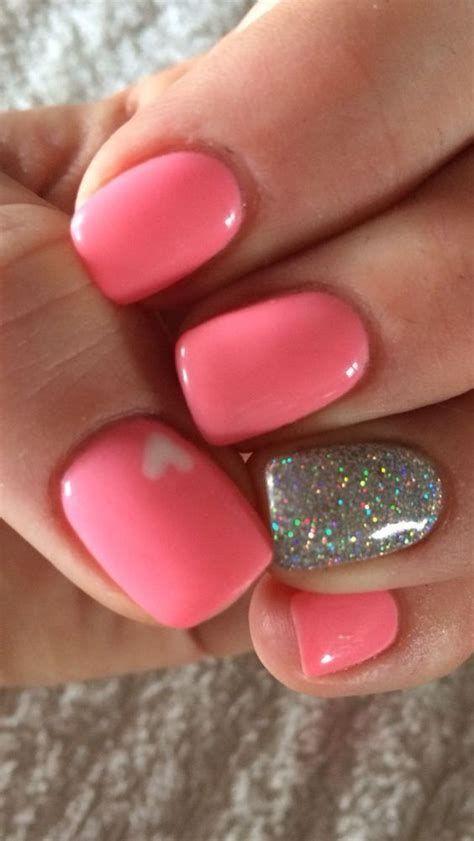Perfect Cute Gel Nail Colors 44