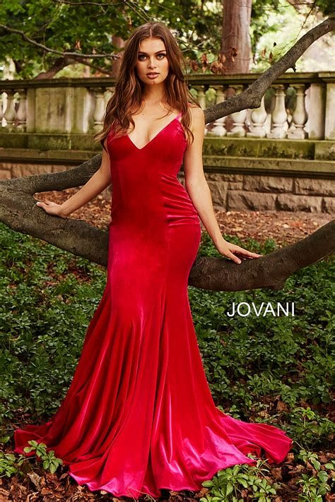 Stunning Red And Pink Dress Ideas 25