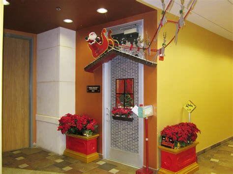 Stunning Thanksgiving Office Decorating Ideas 05