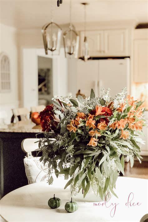 Stunning Thanksgiving Office Decorating Ideas 27