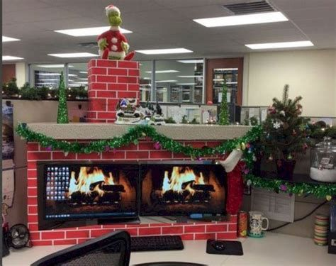 Stunning Thanksgiving Office Decorating Ideas 35