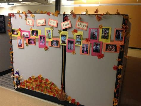 Stunning Thanksgiving Office Decorating Ideas 44